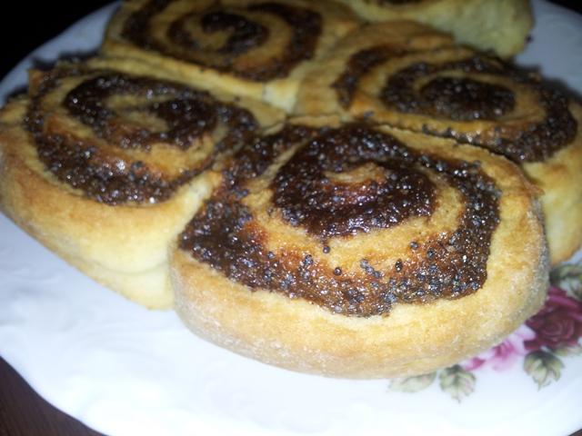 Poppyseed rolls