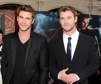 Liam-hemsworth-chris-hemsworth-june6-engagement